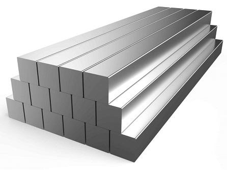 Для чего служит стальной квадрат?
